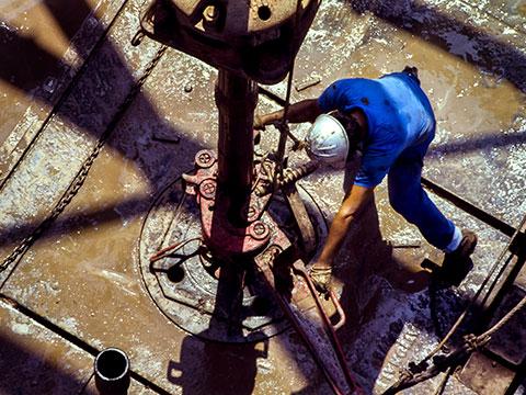 Hammer Union Transmitter Solutions For Harsh Oil & Gas Applications